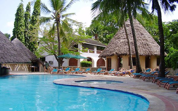 Pinewood Village Beach Resort - Ukunda - Kenya - Pinewood Village Beach Resort