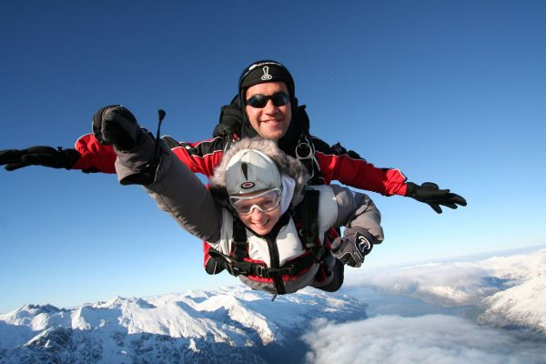 Nouvelle Zélande - NZONE / The Ultimate Jump / Tourism New Zealand images Library OT