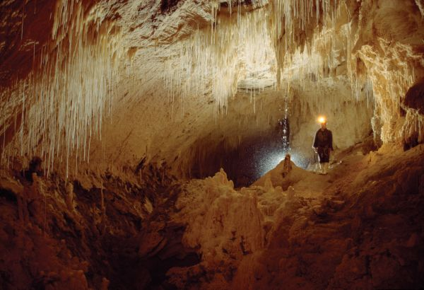 Luckie Strike cave - Nouvelle-Zélande - Absolute Adventure / Tourism New Zealand images Library OT