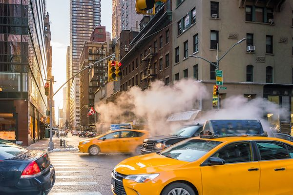 Yellow cabs dans les rues de Manhattan - New York - États-Unis - f11photo/fotolia.com