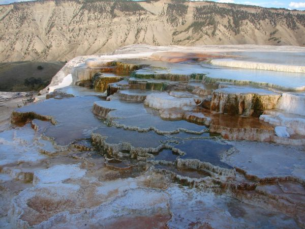 Mammoth Hot Springs, Yellowstone National Park - Isabelle Weber